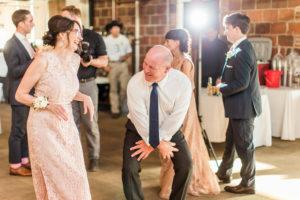 Lots of dancing at this Sunday wedding!